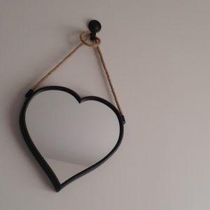 3 heart shaped mirrors